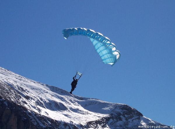 Axalp: Fallschirmjäger