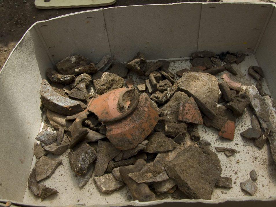 Ausgrabung Keramiküberreste