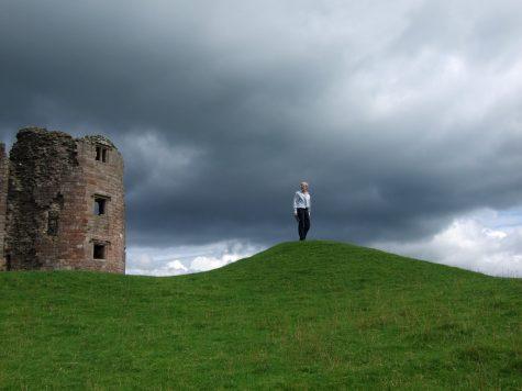 Stuppi hat den Überblick - Brough Castle, Nordengland