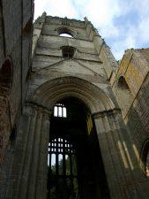 Ruine der Fountain's Abbey bei York - jetzt aus der Nähe