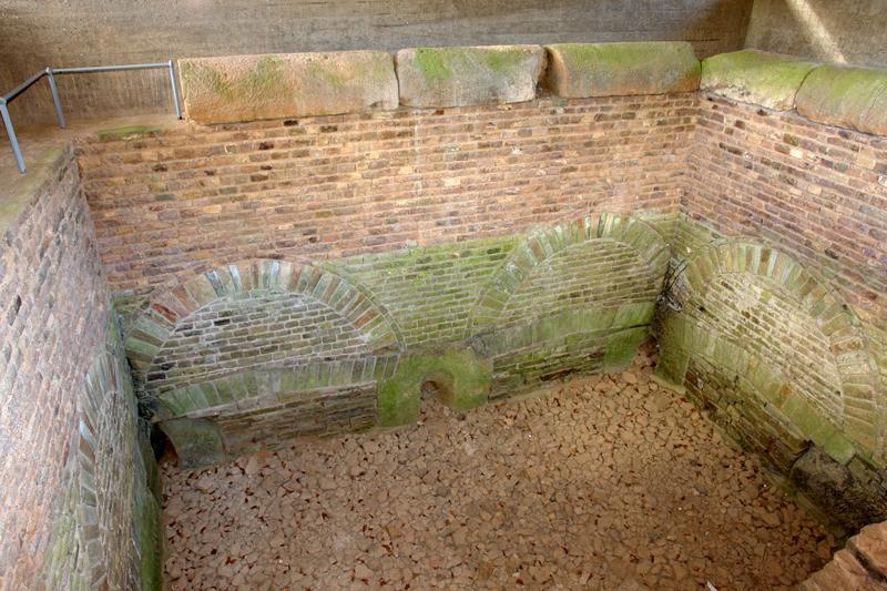 Klausbrunnen an der römischen Eifelleitung
