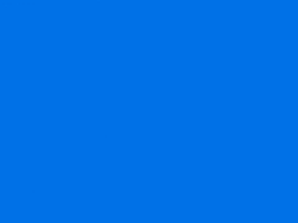 Windows 8 ist etwas schlichter als Win 7, daher kein großes Geschnörkel im Startbildschirm