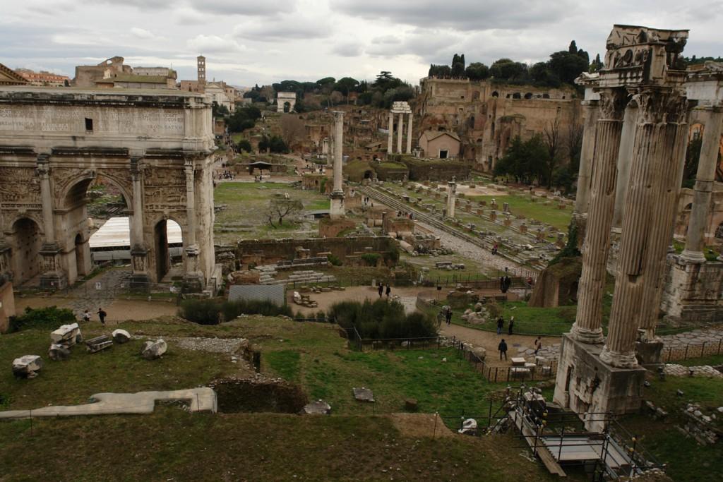 Ausblick von den Kapitolinischen Museen über das Forum Romanum
