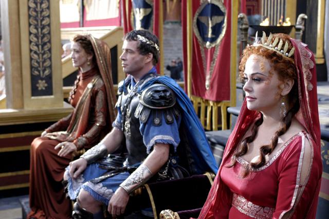 Calpurnia, Antonius und Atia beim Begräbnis des Caesar