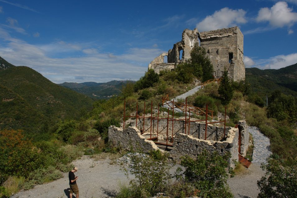 Castello von Zuccarello
