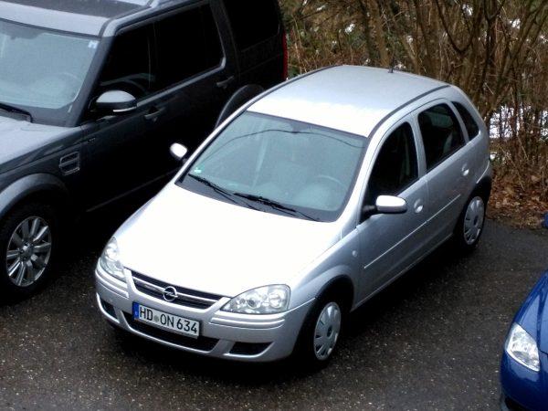 Ein Opel Corsa
