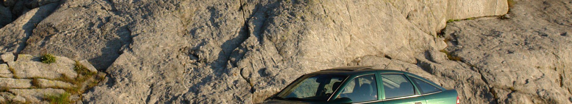 Wieder einen Vectra zerstört – Opel-Blitzkauf!
