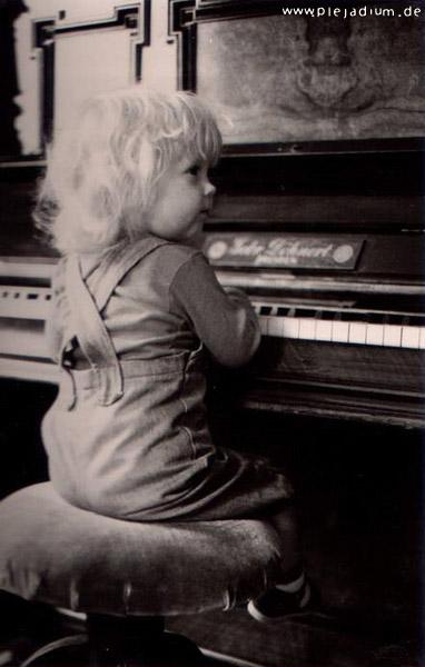 Lucyda Anno 1984