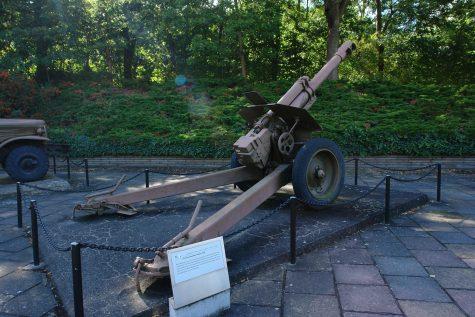 Sowjetische 152 mm-Haubitze