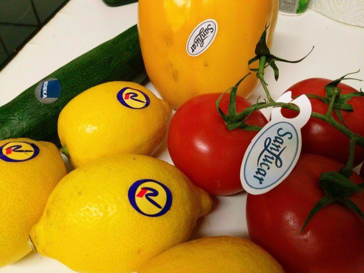 Gemüse mit Aufklebern