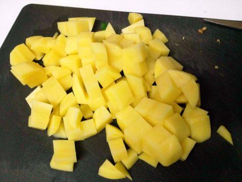 Gewürfelte Kartoffenl