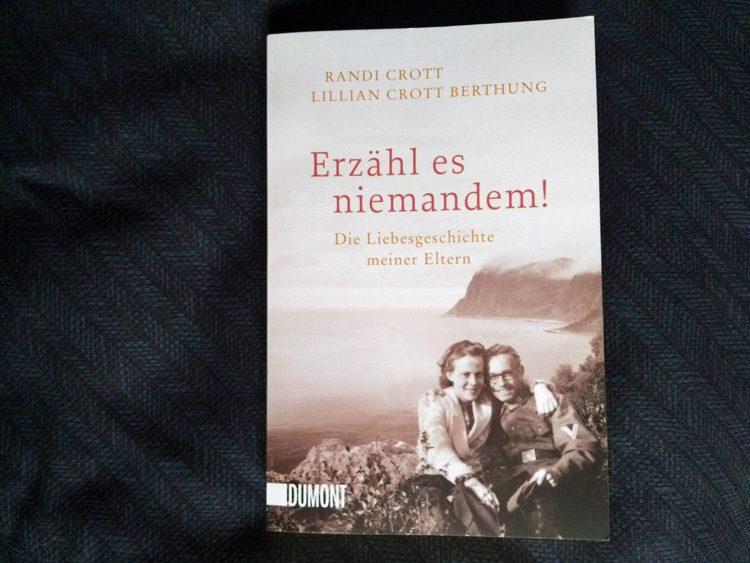 Randi Crott & Lillian Crott Berthung - Erzähl es niemandem