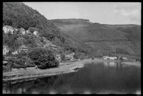 Von der Ziegelhäuser Brücke Richtung Osten (1942)