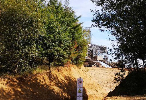Bagger im Tagebau Hambach