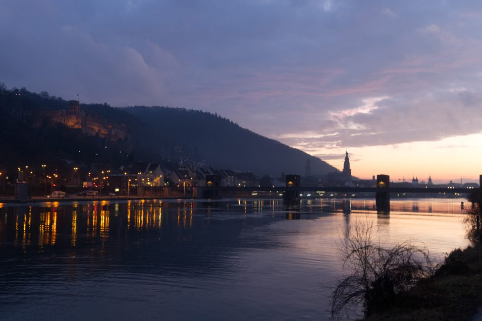 Heidelberg bei Dämmerung