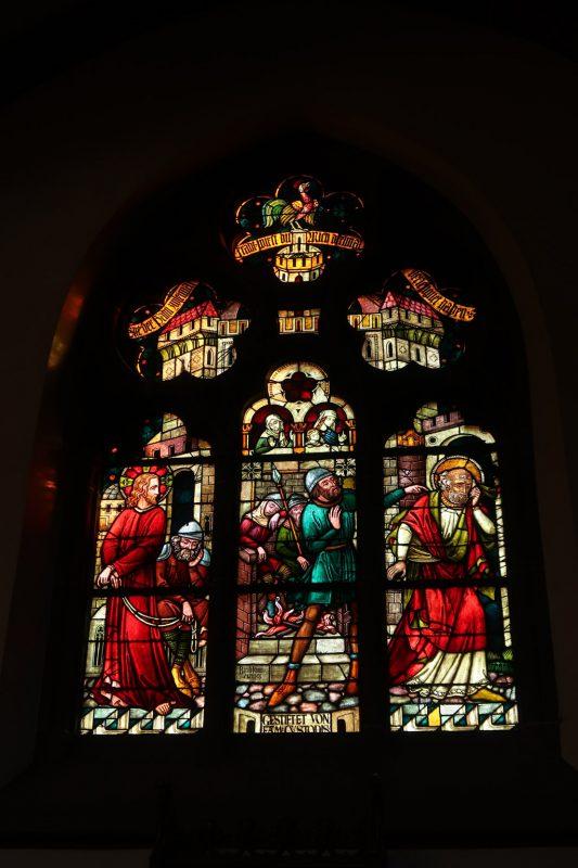 Kirchenfenster in Heppenheim