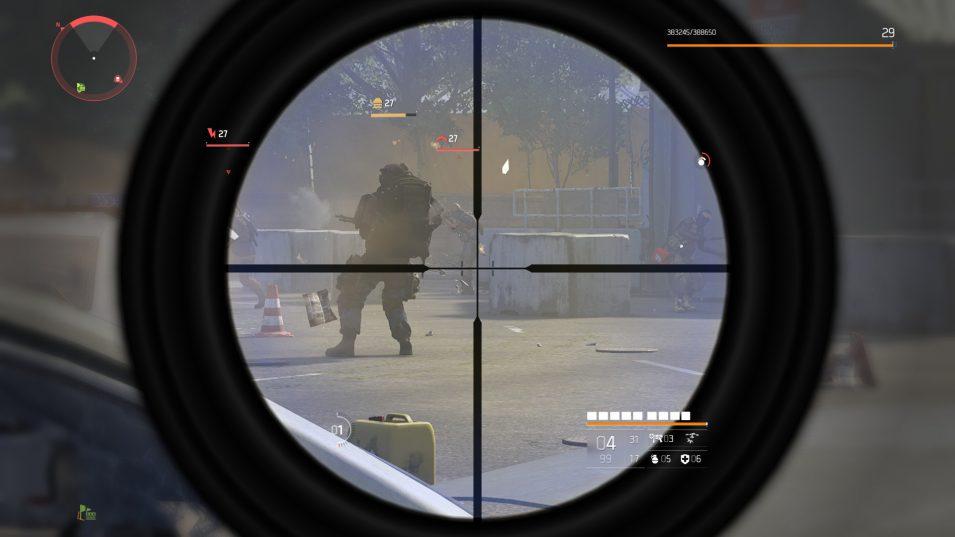Granatwerfer in sicherer Entfernung