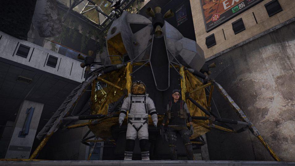 Raumanzug und Mondlandekapsel im Air & Space Museum