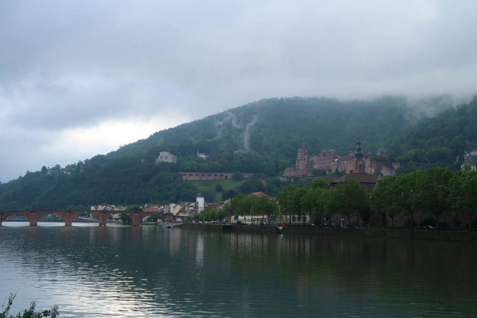 Heidelberger Schloss im Morgennebel, Juli 2019
